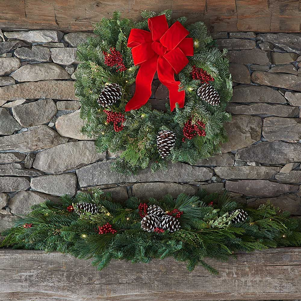 Boughs & Berries Decorations