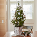 Snowy Owl Tabletop Tree